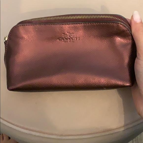 🍍8/$20 Brown Metallic make up bag